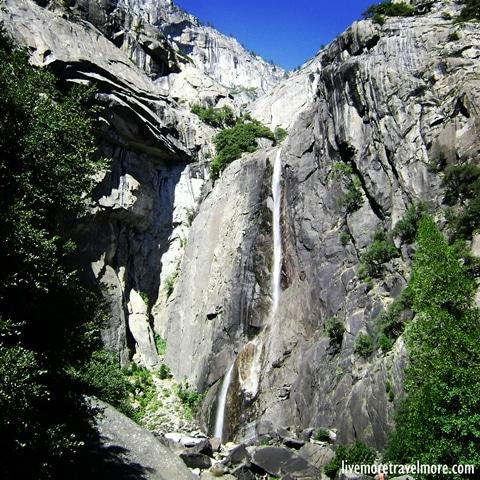 Great hiking trails in California: Bridalveil Waterfall – Yosemite National Park