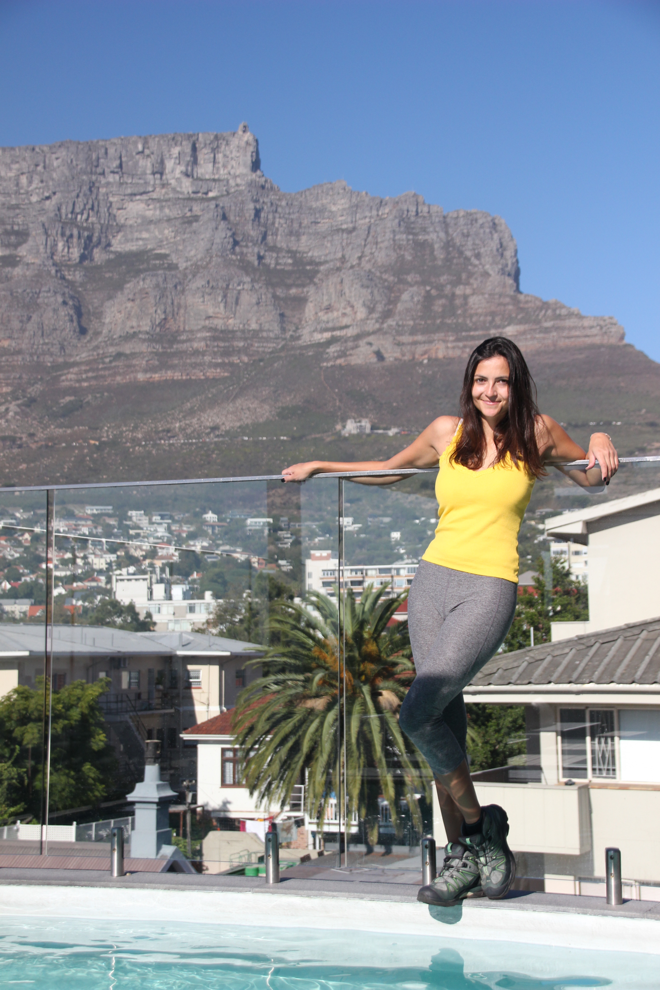 Cloud 9 Boutique Hotel & Spa: Pool View of Table Mountain