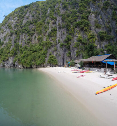 Halong Bay and Castaway Island with Hanoi Backpackers Hostel