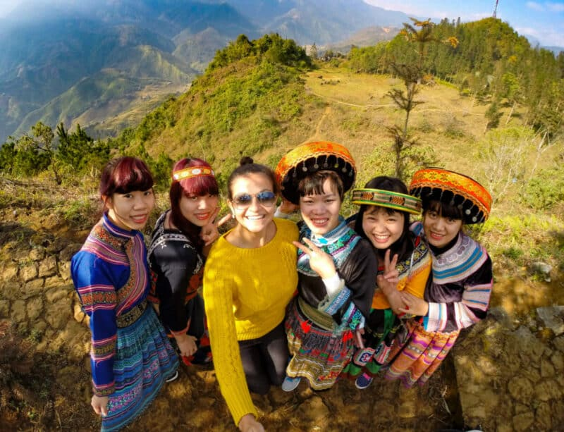 Sapa - Mountain and Vietnamese girls