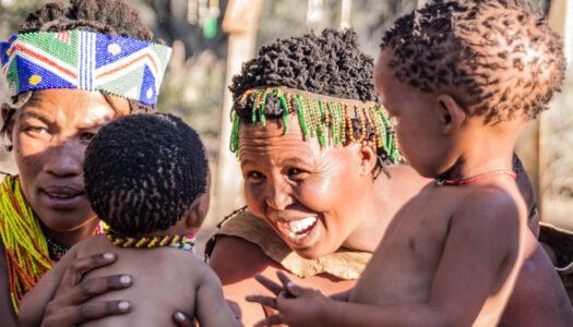 NAMÍBIA – PASSEIO TRIBO SAN – 5% DE DESCONTO COM CHAMELEON SAFARIS