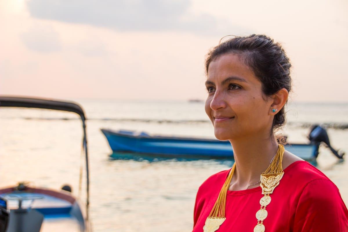 Elaine dressed up as Maldivian