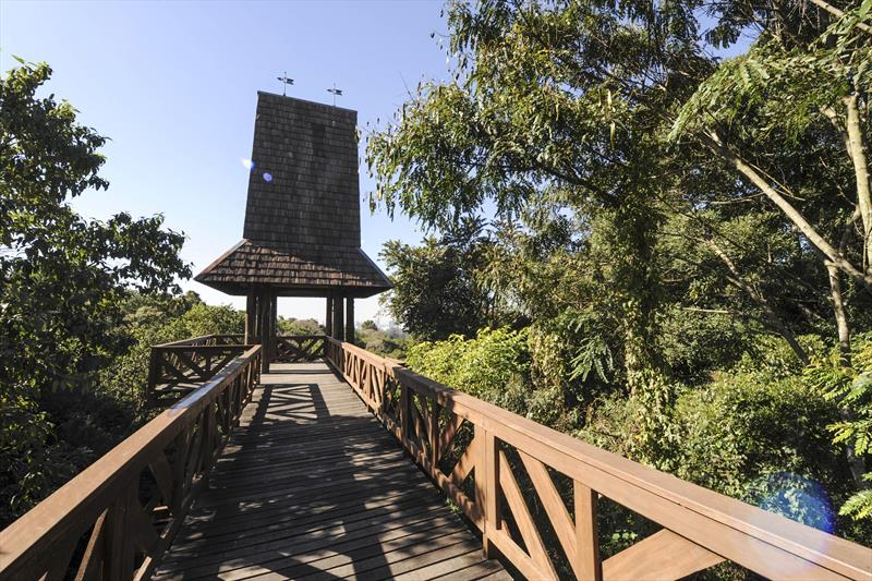 Viewpoint Tower in Bosque Alemão.